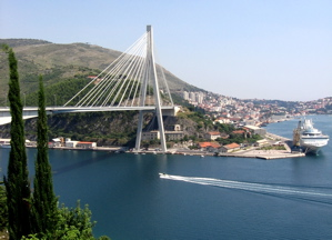dubrovnik bridge, gruz port, where do cruise ships dock dubrovnik