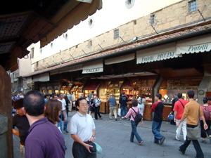 ponte vecchio shops image, on the ponte vecchio