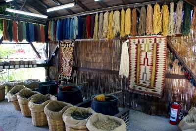 rug dyes, rug yarn, rug making