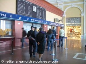 livorno train station, travel to florence by train