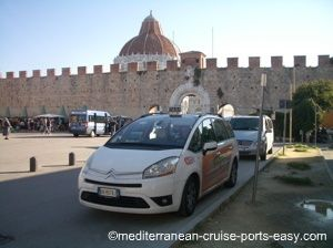 pisa taxi, taking a taxi to pisa train station