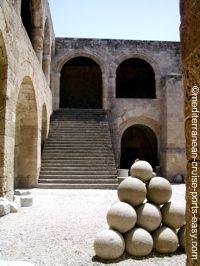 arcaelogical museum rhodos, rhodos photos, rhodos medieval architecture