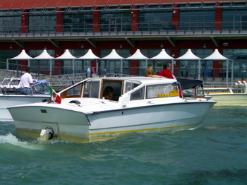 how much is taxi from venice cruise terminal