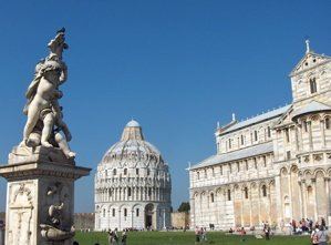 piazza dei miracoli photo, field of miracles images