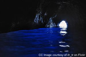 blue grotto italy, blue grotto pictures