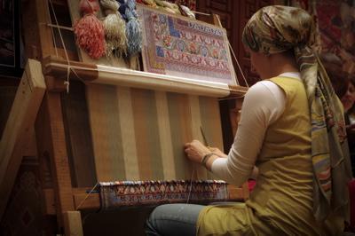 rug maker, rug weaver, carpet weaver