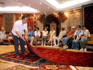turkish rug shopping, how to buy a turkish rug