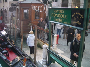 venice gondola photo, venice gondola picture