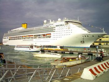 costa cruiseline, stazione marittima, venice cruise terminal